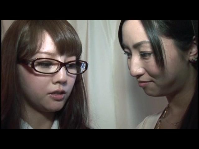 なま唾糸引きレズ接吻狂〜...