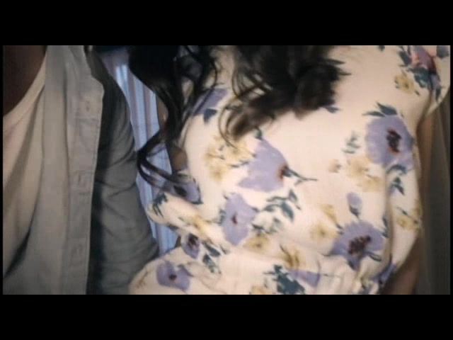 Cvideos - 投稿 アダルト動画 玄関露出する人妻