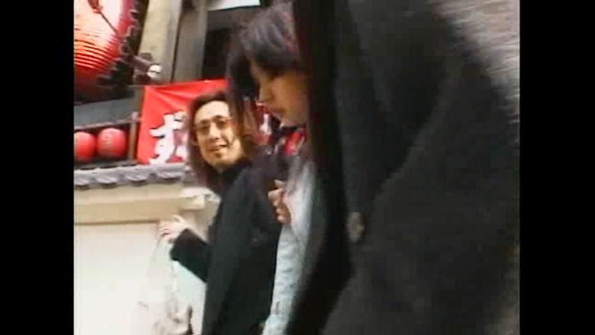 歌舞伎町で変質者に連れさ...
