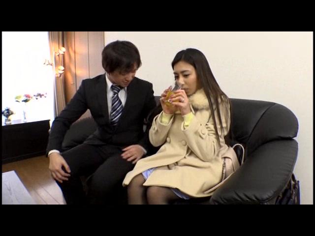 性交時における避妊具禁止...
