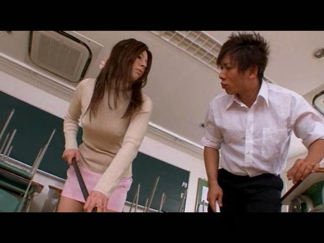 ノーブラ先生 北川夏希