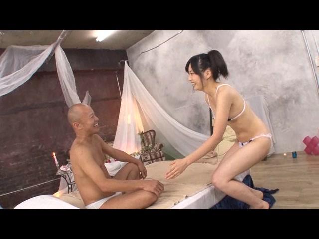 山田彩夏がご奉仕しちゃう...