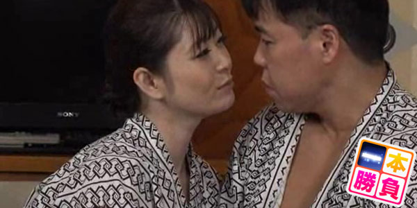 愛する妻が絶倫AV男優に抱かれ感じている姿を見たい!